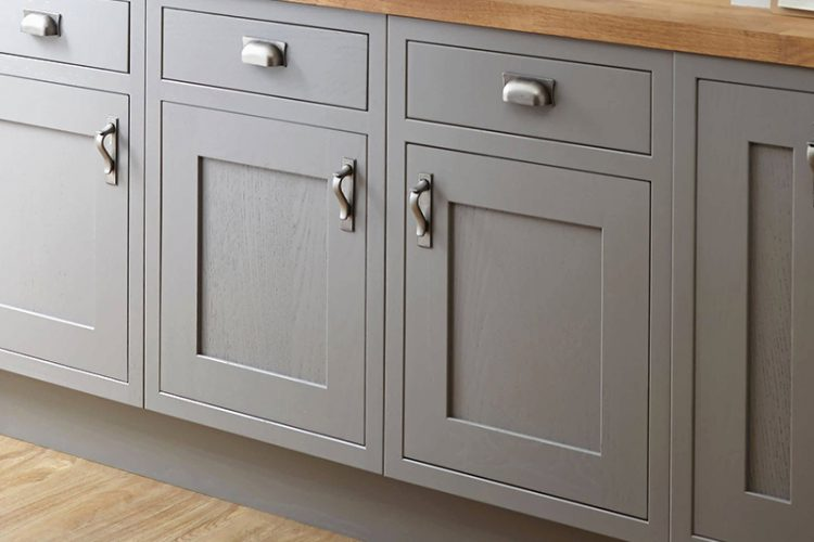 What Is Cabinet Refinishing Chicago, IL?